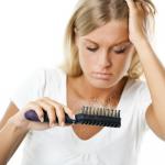 Cała prawda na temat wypadania włosów