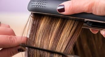 Jak używać prostownicy do włosów?