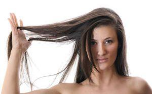 TOP5: najlepsze ampułki do włosów! Kosmetyki najczęściej wybierane do pielęgnacji włosów