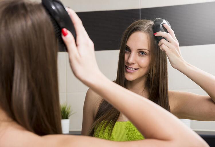 odpowiednie czesanie włosów