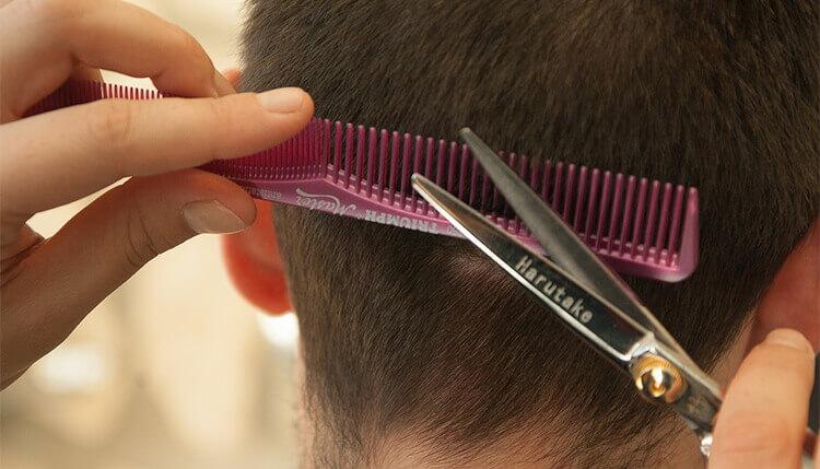 grzebienie do salonu fryzjerskiego